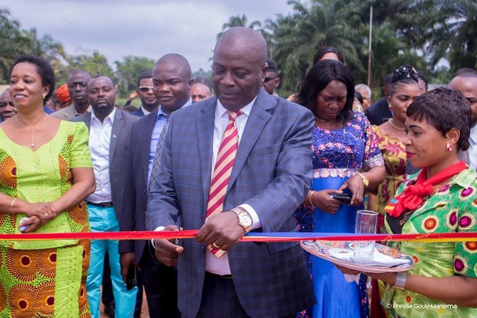 Kindu : Le Gouverneur de province inaugure deux ponts sur l'axe Lwama