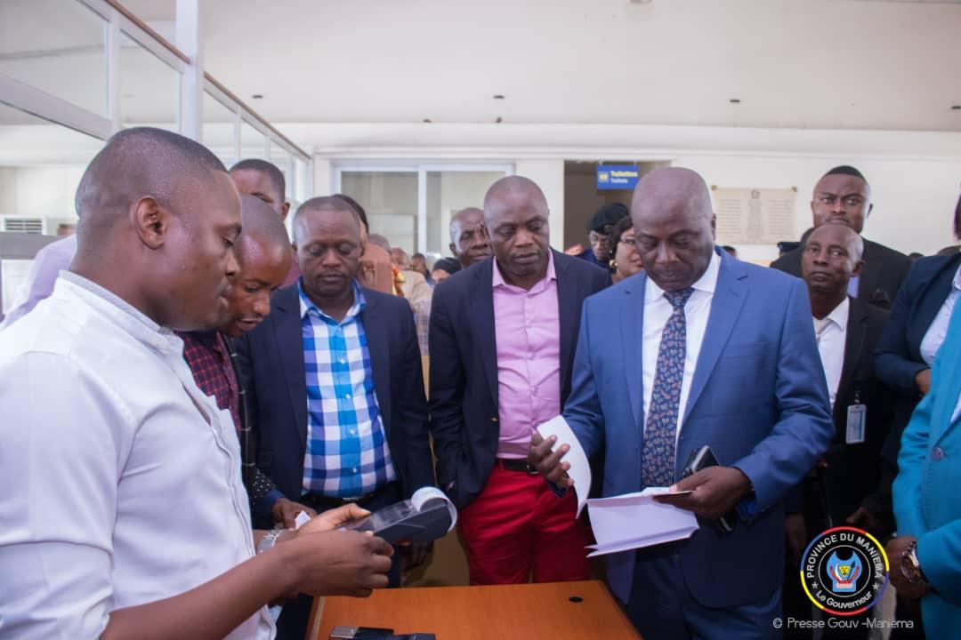 Maniema : le Gouverneur Auguy Musafiri lance l'opération de numérisation de la paie des taxes provinciales