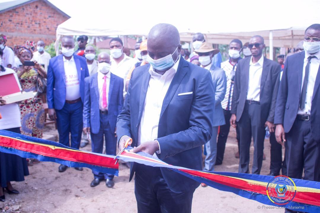Le Gouverneur Musafiri inaugure le bureau de la société congolaise de la sage-femme