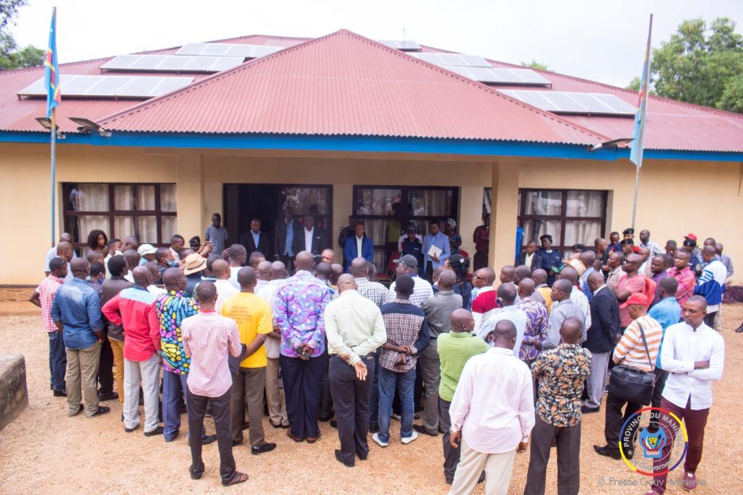 Maniema : le Gouverneur Musafiri reçoit le mémorandum des Assistants et Chefs des Travaux